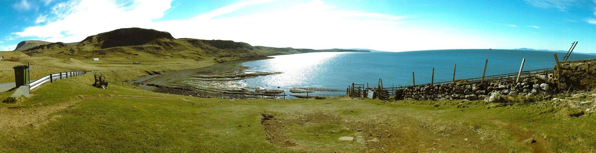 Jeziorny krajobraz w Szkocji