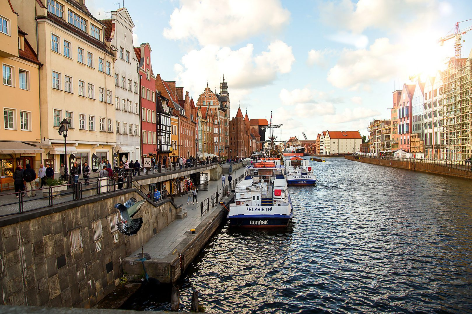 Obraz przedstawia Gdynię